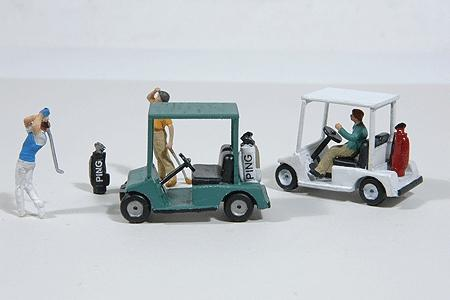JL Innovative Design Golf Carts and Golf Bags -- Model Railroad Vehicle -- HO Scale -- #459