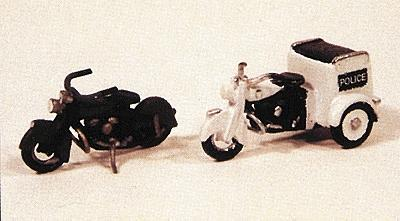 JL Innovative Design Motorcycles Classic 1947 Model Metal Kit -- Model Railroad Road Accessory -- HO Scale -- #903