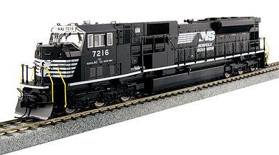 Kato USA Inc EMD SD80MAC Norfolk Southern #7216 -- HO Scale Model Train Diesel Locomotive -- #376375