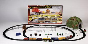 Life-Like Freightline USA Santa Fe -- Model Train Set -- HO Scale -- #8644