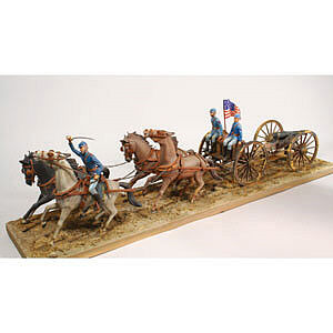 Lindberg Horse Drawn Field Artillery Union -- Plastic Model Military Vehicle -- 1/16 Scale -- #70350