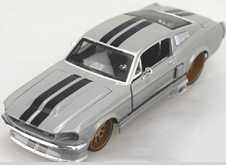 Maisto 1/24 1967 Ford Mustang GT Custom (Grey)