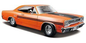 Maisto 1970 Plymouth GTX (Orange) Diecast Model Car 1/24 Scale #31220org