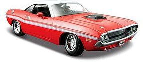 Maisto 1970 Dodge Challenger R/T Coupe (Red) Diecast Model Car 1/24 scale #31263red