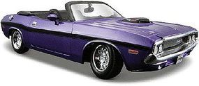 Maisto 1970 Dodge Challenger R/T Convertible (Met. Purple) Diecast Model Car 1/24 scale #31264pur