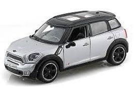 Maisto Mini Countryman (Silver/Black) Diecast Model Car 1/24 Scale #31273slb