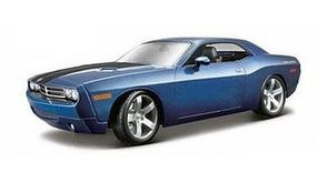 Maisto 2006 Dodge Challenger Concept Car (Met.Blue) Diecast Model Car 1/18 Scale #36138blu