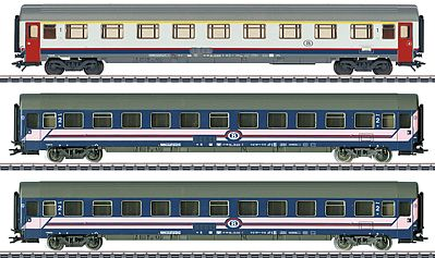 Marklin, Inc Express Train 3-Car Set Belgian State Railways -- HO Scale Model Train Passenger Car -- #42742