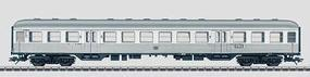 Marklin Type B4nzb-64 2nd Class Commuter German Federal RR HO Scale Model Train Passenger Car #43800