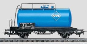 Marklin Tank Car - DB Aral HO Scale Model Train Freight Car #4440
