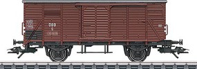 Marklin Type R 20 Stake, Boxcar, Klagenfurt Gondola 3-Car Set 3-Rail Ready to Run Austrian Federal Railways OBB (Era III, Boxcar Red)