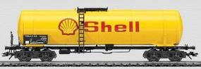 Marklin Four-Axle Tank Car - Shell HO Scale Model Train Freight Car #4756