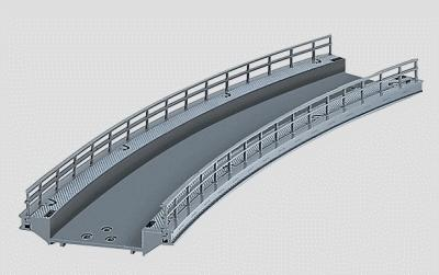 Marklin, Inc C Track Curved Ramp 17-1/4'' -- HO Scale Nickel Silver Model Train Track -- #74623
