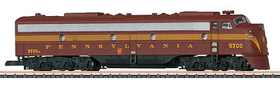Marklin, Inc EMD E8 Pennsylvania Railroad (Tuscan, 5-Stripe) -- Z Scale Model Train Diesel Locomotive -- #88629