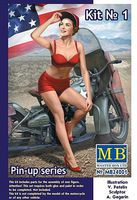 Master-Box Marylin Pin-Up Girl Sitting Hand on Cap Plastic Model Military Figure Kit 1/24 Scale #24001