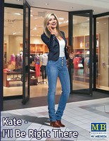 Master-Box 1/24 Kate Modern Woman wearing Casual Outfit w/Hand to Ear (New Tool)