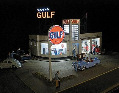 Micro Structures Gulf Gas Station Kit -- HO Scale Model Railroad Building -- #879310