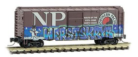 Micro-Trains 40 Box Wthrd NP Xmas - Z-Scale