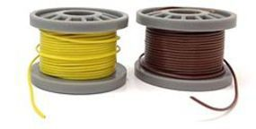 Model-Power Hook-Up Wire 1-Conductor, Extra Fine, Two-25 Spools in Two Colors (2)