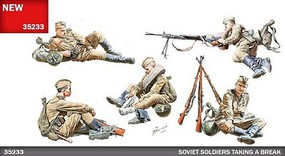 Mini-Art 1/35 Soviet Soldiers Taking a Break (5) with Accessories (New Tool)