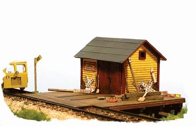 Monroe Models The Speeder Shed -- Kit -3-1/4 x 3 x 2-1/4'' 8.2 x 7.6 x 5.7cm - HO-Scale