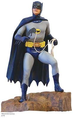 Moebius Models 1966 Batman -- Plastic Model Celebrity Kit -- 1/8 Scale -- #950
