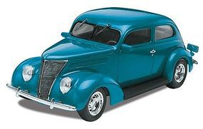 Monogram 1937 Ford Sedan Plastic Model Car Kit 1/24 Scale #850884