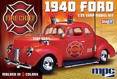 MPC by Ertl 1940 Ford Fire Chief Super -- Snap Tite Plastic Model Vehicle Kit -- 1/25 Scale -- #815