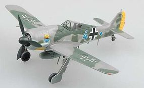 MRC Fw190A8 Bule 4 12/JG5 Bardufoss Airfield 1944 Pre-Built Plastic Model Airplane 1/72 #36363