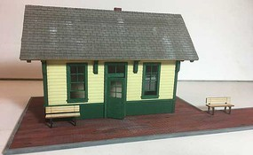 Motrack Little Depot O-Scale