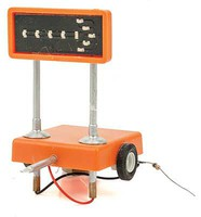 Miniatronics Flashing Highway Arrow Mobile Display w/3v DC Transformer, 5' 30-Gauge Wire Single Right O-Scale