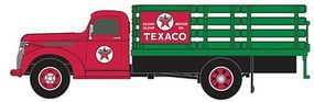 Classic-Metal-Works 1941/46 Chevy Stake Bed Truck Texaco Oil Company HO Scale Model Railroad Vehicle #30355