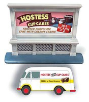 Classic-Metal-Works HO IH Metro Van Hostess