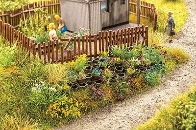 Noch 14012 H0 Scale Ornamental Plants In Pots for Model Railways