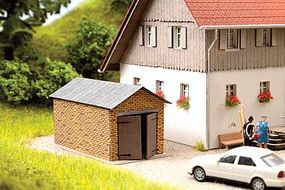 Noch 1-Car Brick Garage w/Pitched Roof Kit HO Scale Model Railroad Accessory #14353