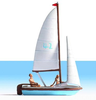 Noch Sailboat with 2 Figures HO Scale Model Railroad Vehicle #16824