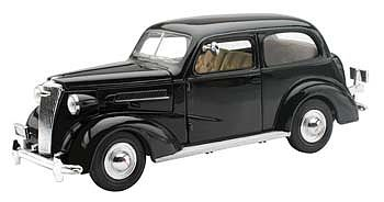 New Ray Toys 1937 Chevrolet Master Deluxe Town Sedan Black -- Diecast Model Car -- 1/32 scale -- #ss-55183