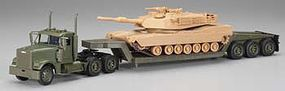 New-Ray Freightliner Lowboy w/M1A1 Tank Diecast Model Truck 1/32 scale #ss-61285