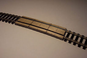 Osborn Crossing Boards 18 Radius HO Scale Model Railroad Trackside Accessory #1048