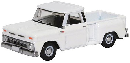 Oxford 1965 Chevrolet Stepside Pickup - Assembled White