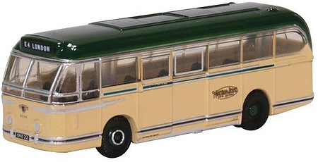 Oxford Leyland Royal Tiger Bus - Assembled Maidstone and District (ivory, green) - N-Scale