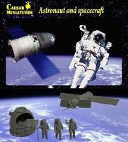 Pegasus Astronaut and Spacecraft Space Program Plastic Model 1/72 Scale #hb022
