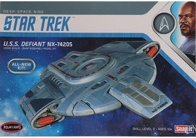 Polar-Lights Star Trek USS Defiant Science Fiction Plastic Model Kit 1/1000 Scale #952