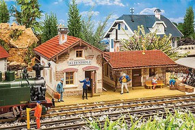 Pola Altenholz Station Weathered Kit 20-1/2 x 14-3/8 x 11''  52 x 36.5 x 28cm G-Scale