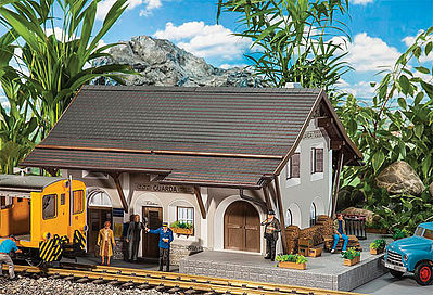 Pola Station Guarda -- G Scale Model Railroad Building -- #330899