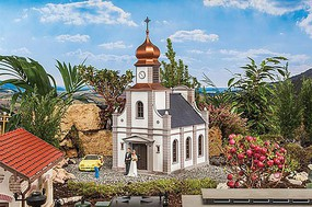 Pola City Church Weathered Kit 13 x 8-7/8 x 22-7/16''  33 x 22.5 x 57cm G-Scale