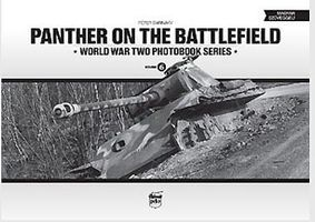 Peko Panther on the Battlefield WWII Photobook Series (Hardback)