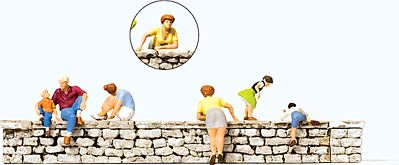 Preiser Sitting/Leaning on a Wall (6) Model Railroad Figures HO Scale #10615