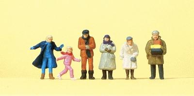 Preiser Passers-By In Winter Clothing Model Railroad Figures HO Scale #14037