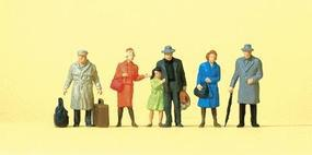 Preiser Passengers - Standing Travelers Wearing Coats Model Railroad Figures HO Scale #14044